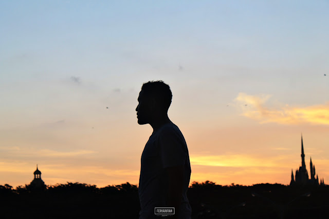 Sunset di Kenjeran Surabaya - Fery Arifian | Food & Travel Blogger Malang