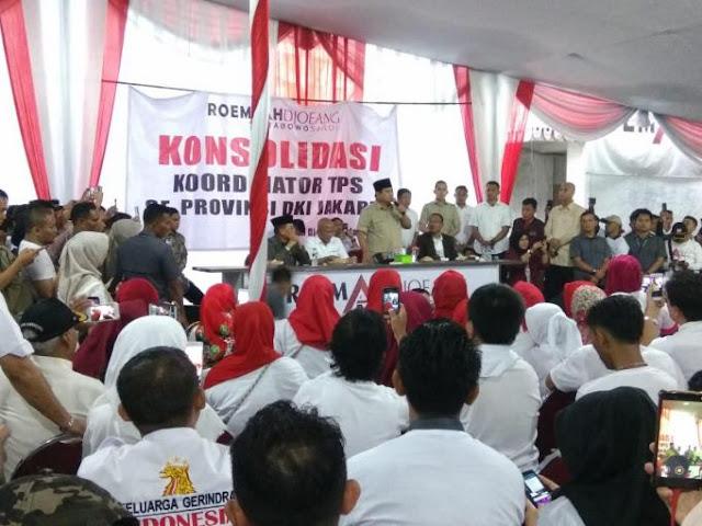 Waspadai Pemilih Hantu, Prabowo Serukan Relawan Bawa Rantang dan Tikar Jaga TPS