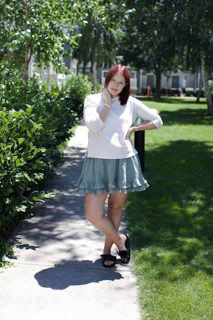 dusky green, ruffle skirt, h&m, fashion, maternity, pregnancy blog, jigsaw London, Steve Madden