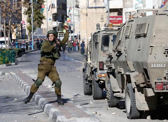 Un muerto y decenas de heridos en la segunda jornada de protesta palestina