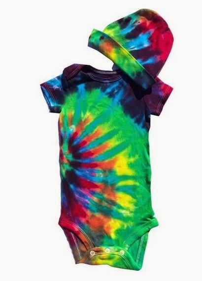 Super Groovy Tie-Dyed Baby Gear {hippie baby gifts under $30}. Hippie baby. Hippie mama. Hippy mama. Tie dyed baby clothes. hippie baby stuff hippie baby gifts hippie baby clothes online bohemian baby clothes newborn hippie clothes