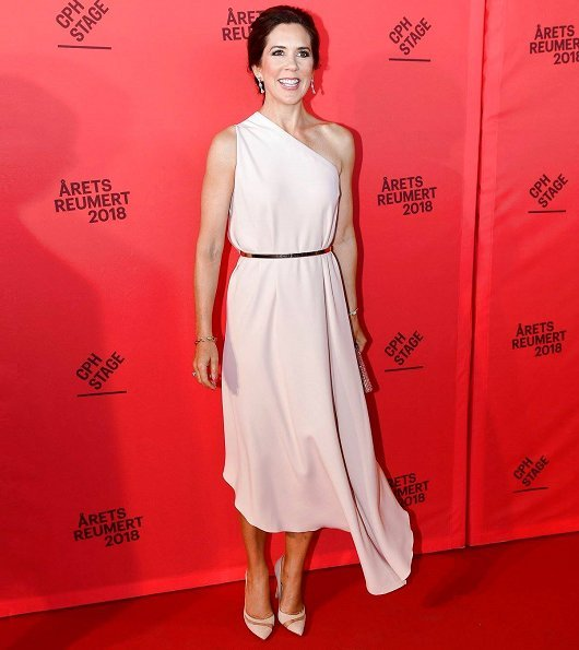 Crown Princess Mary wore STELLA MCCARTNEY Charlie one-shoulder gown, Gianvito Rossi Mesh Pumps and carried J Furmani stone clutch