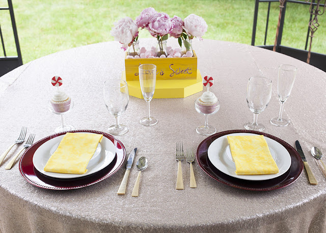 Red and yellow sweetheart wedding table. For more inspiration visit fizzyparty.com