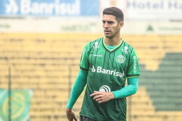 ad07f0f8de Atacante pertence ao Botafogo e está emprestado ao Ypiranga (Foto   Assecom Ypiranga Divulgação)