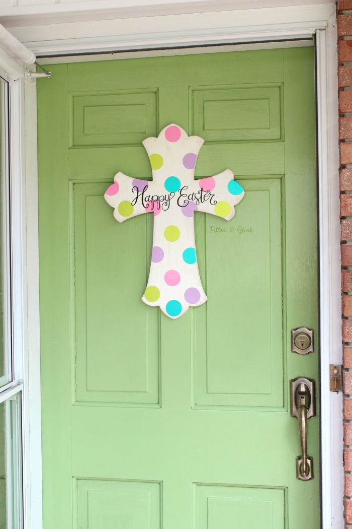 DIY Hand-Lettered Easter Cross Art | pitterandglink.com