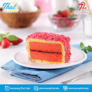 thal-cake-strawberry