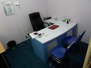 meja kantor semarang interior ruang pimpinan direktur 01