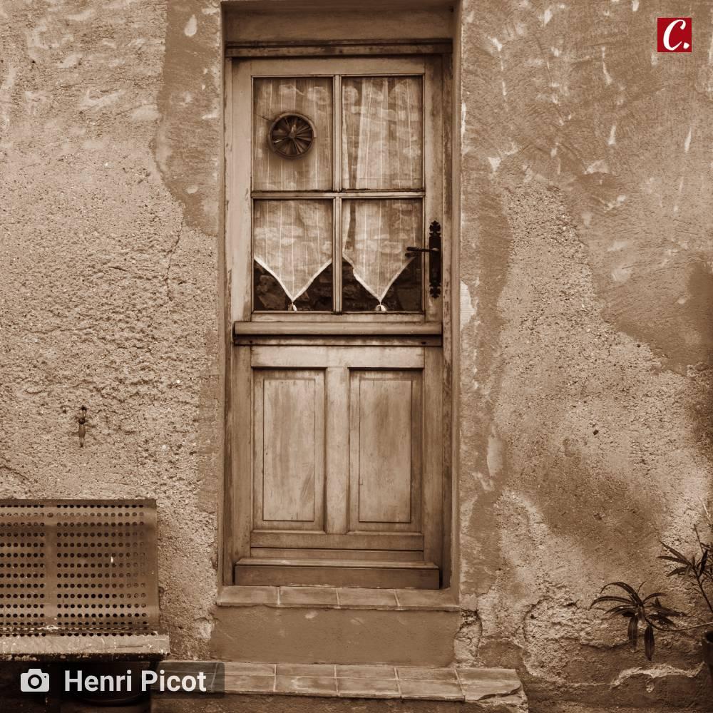 ...ambiente de leitura carlos romero gonzaga rodrigues alagoa nova obelisco alecy mendonca porta e janela olhar de menino rua