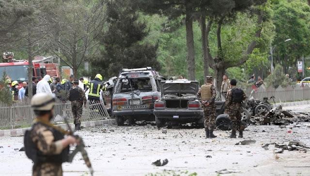 Ataque suicida a comboio da Otan mata e fere no Afeganistão