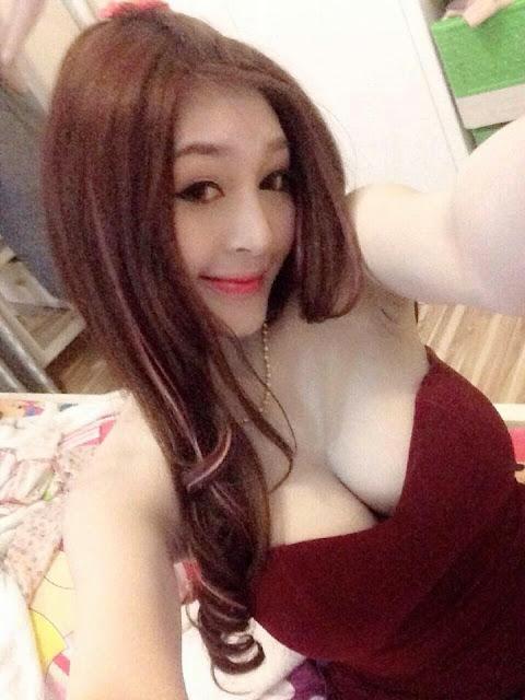 Hot Girl với đẳng cấp khoe hàng 4