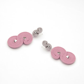 pale-pink-earrings-statement
