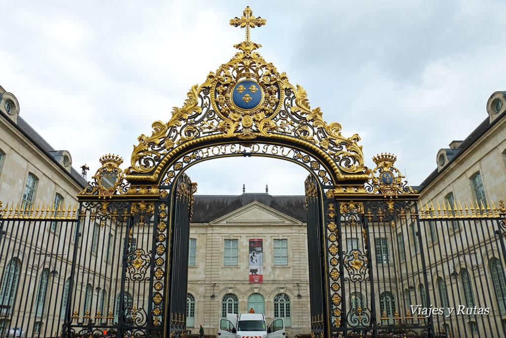 Troyes-Hotel-Dieu