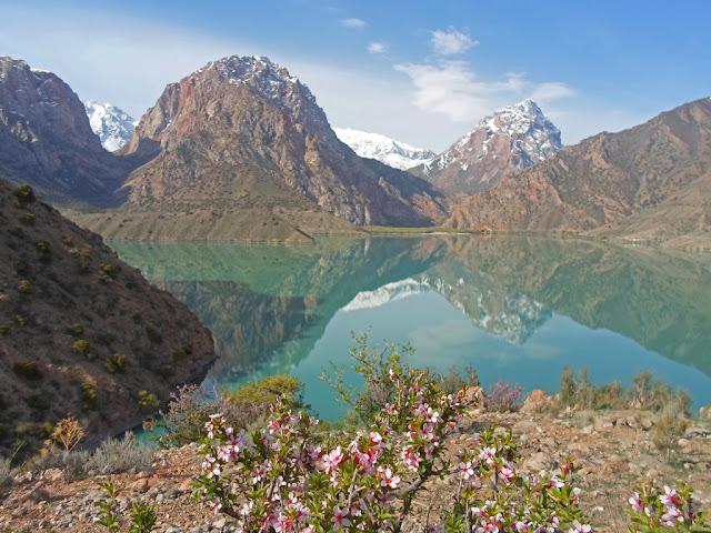 Озеро Искандеркуль, Фанские горы, Таджикистан - фото-обзор