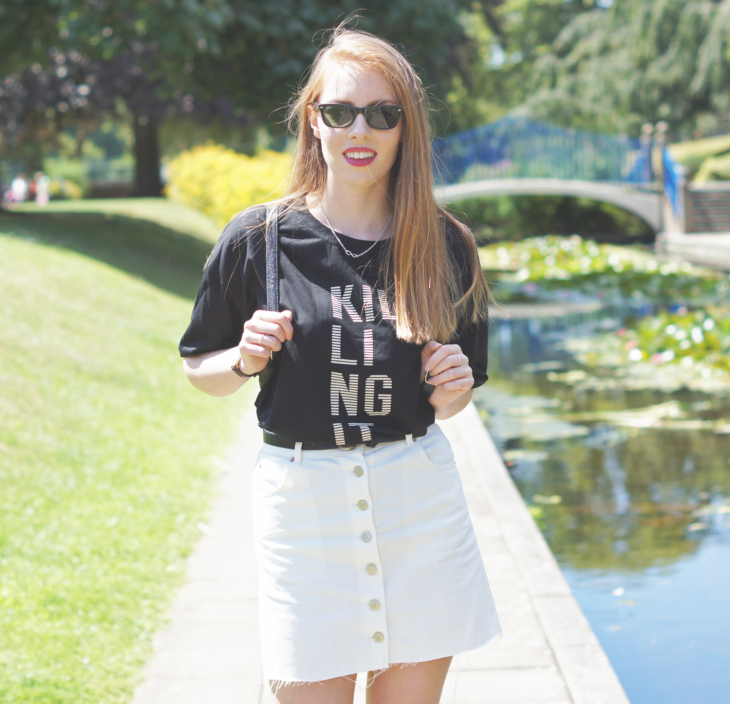 ray ban wayfarers and white denim skirt