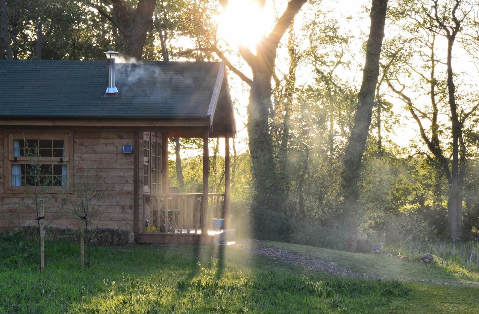Acorn glade glamping in Yorkshire - log cabin