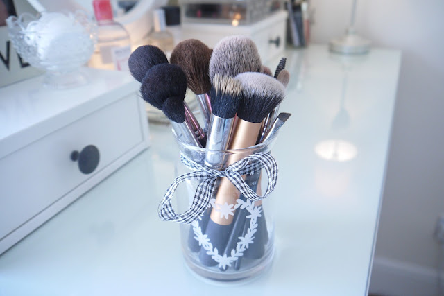 Beauty Amp Le Chic The Make Up Storage Update
