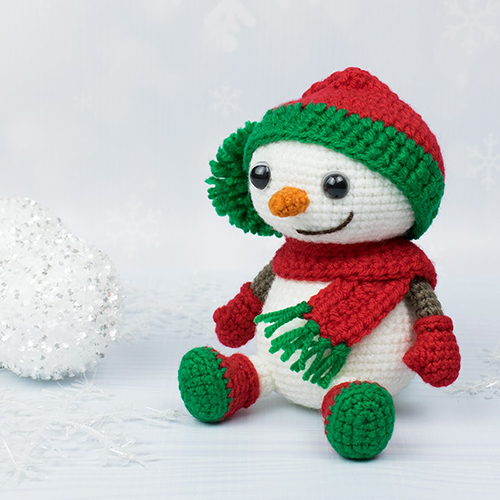 Crochet Snowman in Christmas Outfit - Free Pattern