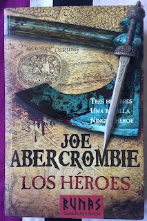 Portada del libro Los Héroes, de Joe Abercrombie