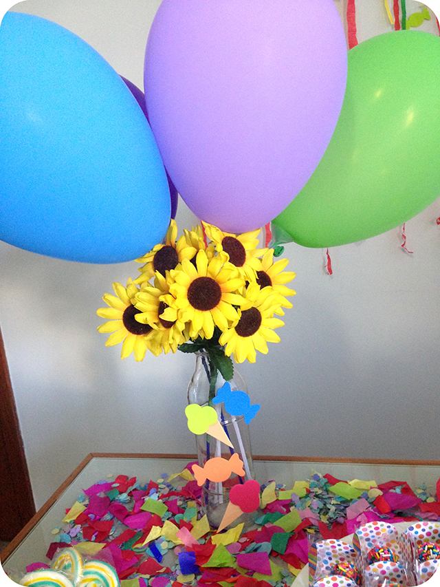 Decoração : Festa Carnaval - Mesa / Balões e Flores