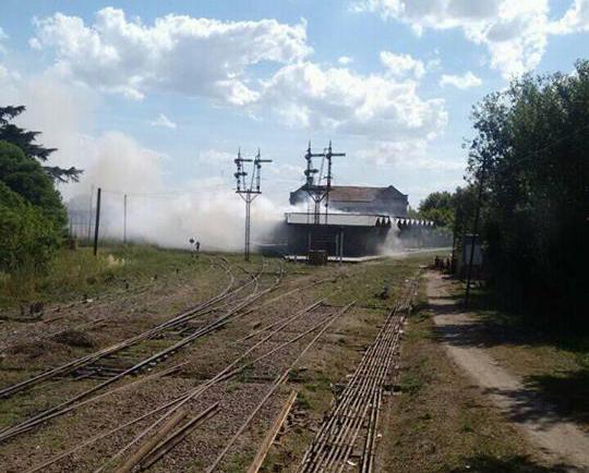 Desconocidos intentaron incendiar la estación ferroviaria de Empalme Lobos