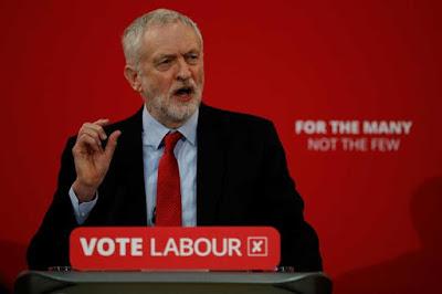 Líderes judeus britânicos acusam Corbyn de apoiar antissemitismo