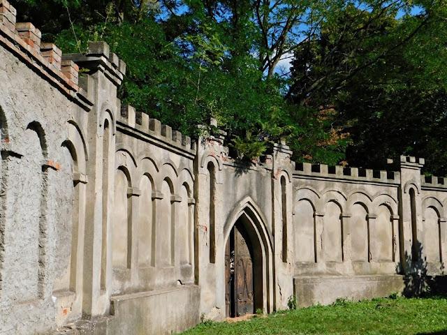gościeszyn, ogrodzenie kościoła, mur