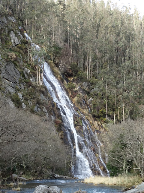 Cascada de Augas Caídas en Mañón