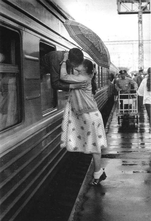 اجمل كلمات الحب والعشق والرومانسية