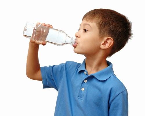 Minum Segelas Air Sebelum Tidur