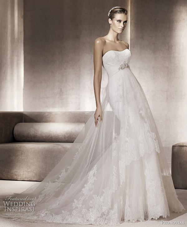 Beautiful Wedding Gowns: Inner Peace In Your Life: The Most Beautiful Wedding Dress