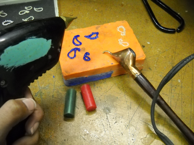 Shelona Soogrim: matt wax gun and batik tool