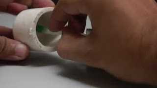membuat sendiri pistol mainan dari botol plastik bekas