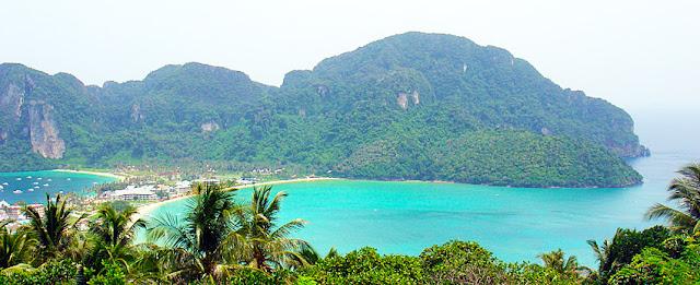 Phi-Phi Islands