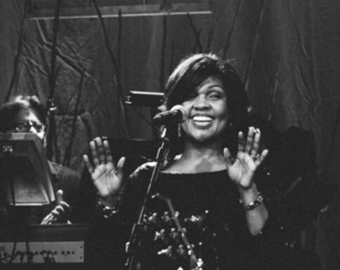 Award Winning Gospel Singer And Minister Cece Winans Is Out With A New Song Hmm That S Nice To Hear Thanks Enjoy The Official Lyric Video Below