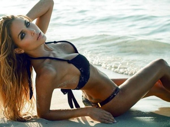 Hot girls Ann Kathrin Brommel sexy with slim Bikini 6