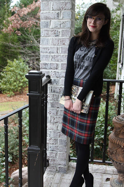 tartan, t-shirt, red lips, patterns, Zoe Report Box of Style