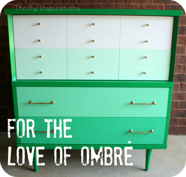 Painting ombre dresser drawers - DIY cabinet- If you loved painted furniture or are thinking about using Chalk paint on furniture for the first time then you should check this post full of 25 incredible makeoevers. 25 Fabulous painted furniture ideas!