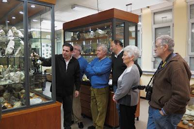 Visita de socios de Grucomi al Museo de Geología de Oviedo