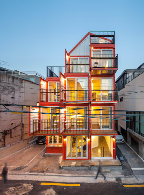 Shipping Container 4 Story House - Office, Cafe and Hotel in Seoul, South Korea 1