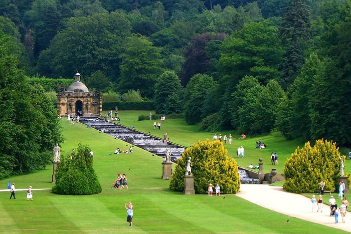 Cascada en el jardín de Chatsworth