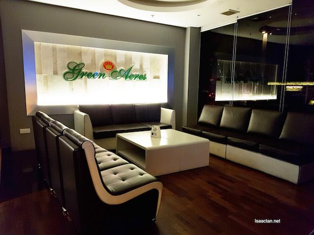 Green Acres Lounge Bar