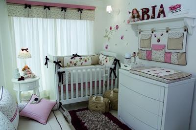 quarto bebe rosas delicado