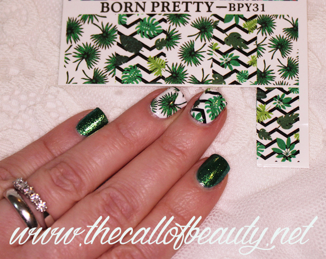 Nail Art: Shades of Jungle Green