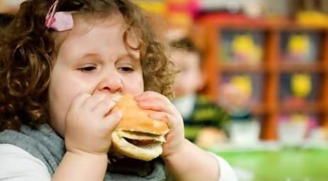 6 Ways to Protect Your Children from Junk Food Addiction