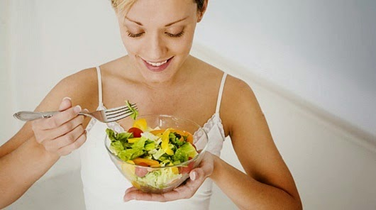 http://weightlossplume.blogspot.com/2014/10/5-ways-to-eat-less-without-feeling.html