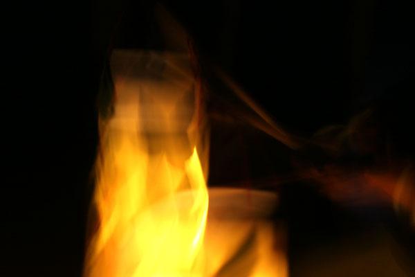 Laterne mit Blättern basteln – Anleitung für Sankt Martin