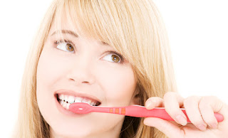 cara mencegah dan menghilangkan bau mulut