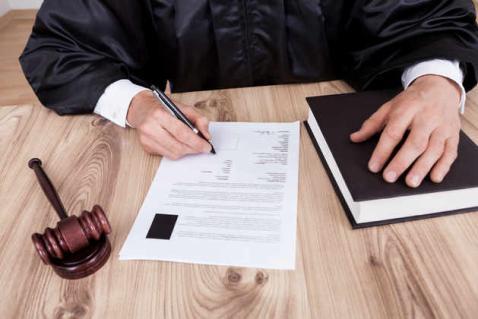 طريقة اعداد مرافعة خطية امام المحكمة - نصائح من كبار المحامين