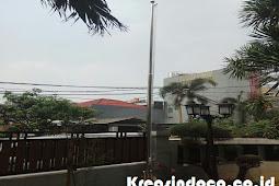 Tiang Bendera Pemasangan Di Kelapa Gading Jakarta Itu Sudah Terpasang