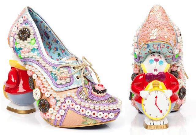 coleção de sapatos da alice no pais das maravilhas